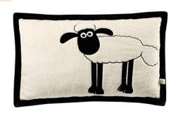 Nici pillow Shaun appl. rectangular 64x42cm